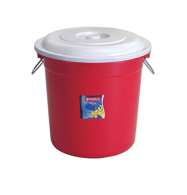 PC-11 Pail 8 Gallons w/ Cover & Chrome Handle